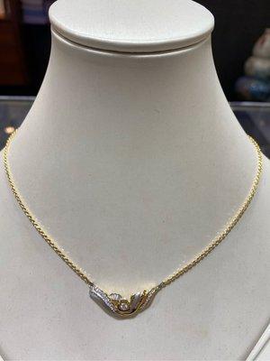 總重30分天然鑽石項鍊,華麗閃亮款式,活動價15800元,鑽石超白火光閃,搭配18K金墜台超優惠價格,義大利14K金項鍊,買到賺到