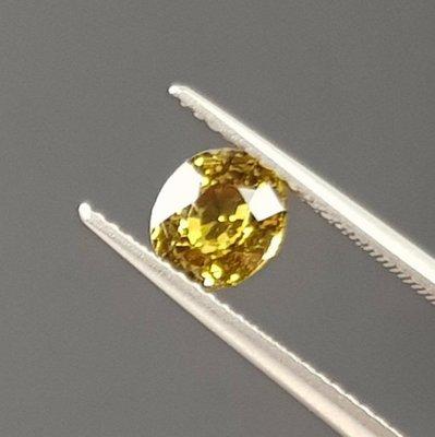 揚邵一品1.19克拉 錫蘭金綠玉寶石 高品質 淨度好 閃亮亮綠黃色~斯里蘭卡產  色澤濃郁火光閃耀動人