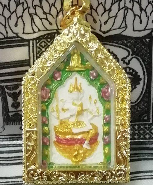 佛曆2556年龍婆雨水開光加持極莊嚴彩繪鍍金四面神佛牌