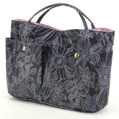 日本製線條花卉包中包/袋中袋/包包收納袋/包包隔層--秘密花園