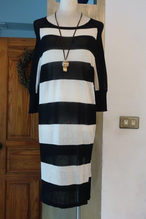 [C.M.平價精品館]M現貨/知性品味簡單有型黑白系半袖長袖連衣裙