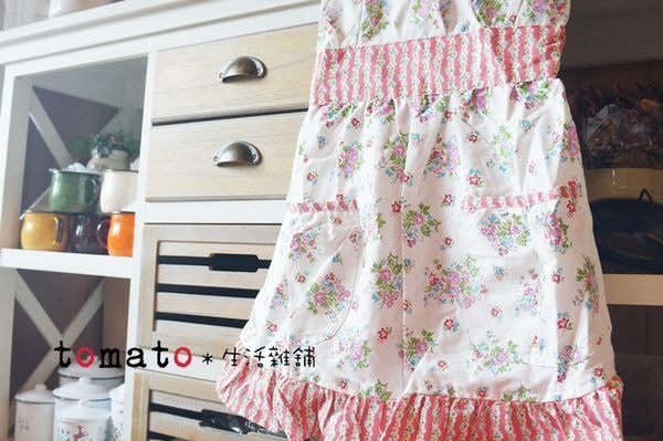 ˙TOMATO生活雜鋪˙日本進口雜貨棉質花朵荷葉邊女孩兒縮腰鄉村V領圍裙