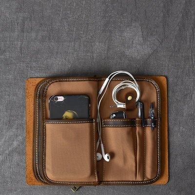 ~皮皮創~原創設計手作包。超大容量 多功能 手拿包 錢包 護照包 卡包 手機包 相當於一個斜背包的容量喔 功能實用款