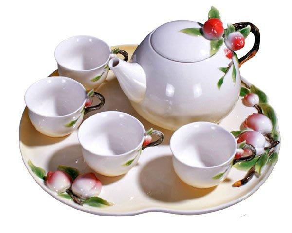 5Cgo【鴿樓】會員有優惠9052896969 琺琅瓷壽桃茶具 功夫茶套裝  陶瓷 1茶盤1壺4杯