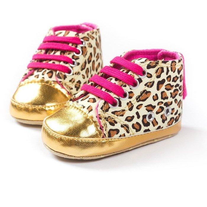 寶貝倉庫~促銷-時尚金豹紋鞋~學步鞋~寶寶鞋~嬰兒鞋~娃娃鞋~幼兒鞋~學走鞋~彌月贈禮~粘扣設計~坐螃蟹車穿