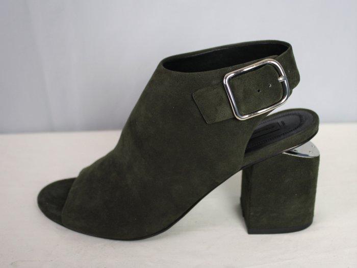 海洋工坊二手名牌旗艦店~ALEXANDER WANG 墨綠麂皮粗跟露趾鞋(Size:36)