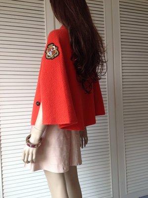 LOVE MOSCHINO 橘紅徽章臂章斗篷外套