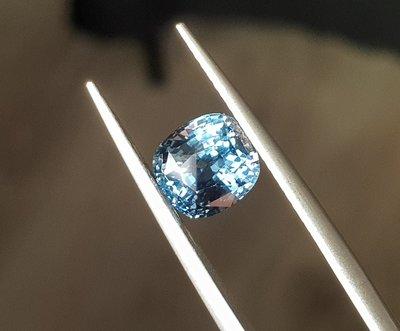 揚邵一品(最稀有 近藍色)錫蘭鈷尖晶石(附權威證書)頂級2.58克拉 IF~vvs等級萬顆選一收藏