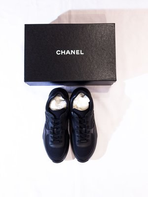 Chanel Logo Leather casual shoes.經典 香奈兒 皮革 休閒鞋
