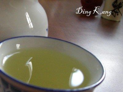 《Ding Kang 鼎亢茶香》∼【春冬茶~ 半青熟 (比賽口味)四季春茶】手工烘焙1斤只要350元