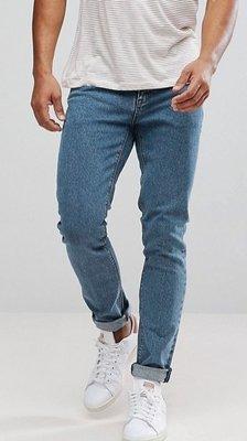 ◎美國代買◎ASOS反摺褲口經典藍刷色百搭藍刷色英倫時尚街風藍色合身顯廋牛仔褲~歐美街風~大尺碼~