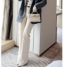 『 筱涵 日系美學衣飾 』霸屏大長腿 舒適0壓力彈力磨毛面料加厚舒適微喇褲配皮帶