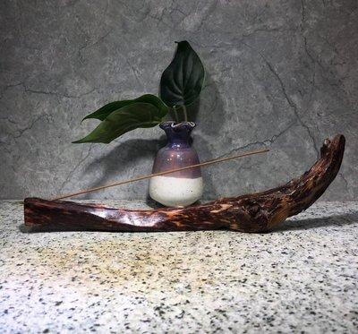 越南黃花梨 - 臥香座  紙鎮   全手工  ~ 風化料 盡顯大自然鬼斧神工 -- LHW 1