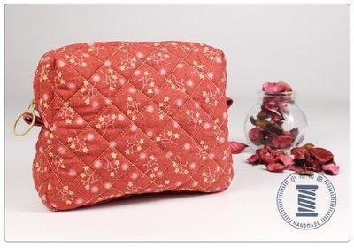✿小布物曲✿菱格紋化妝包- 手作精巧手工車縫製作 進口布料質感超優