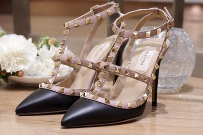 Valentino 汎倫鐵諾 Rockstud Heel Pumps 龐克卯釘黑/駝 10 cm 高跟鞋