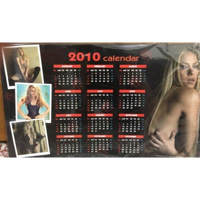 《限量絕版全新》Shakira 夏奇拉 She Wolf 女狼現身 預購禮 年曆