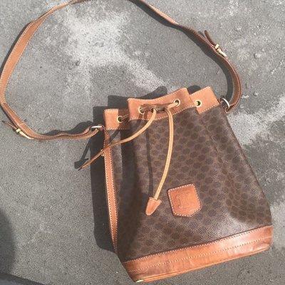(已售)Celine vintage 席琳·古董包 老花 水桶包 經典款 復古時尚 皮標款 老包