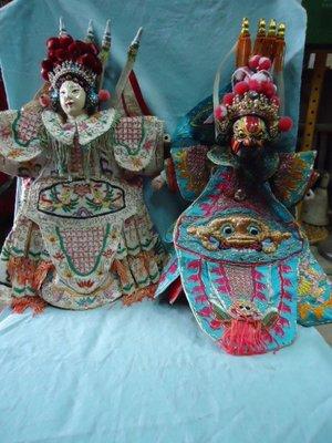 @阿布的店@老布袋戲偶-霸王虞姬-小木頭戲偶頭-金銀線手工縫製-衣服縫在偶上面-少見美品