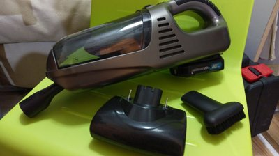 DIY汽車吸塵機,已改用牧田makita-12v電池