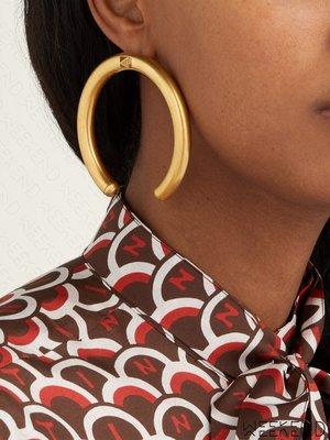 【WEEKEND】 VALENTINO Rockstud Hoop 大尺寸 缺口圓 耳環 一對 金色 折扣