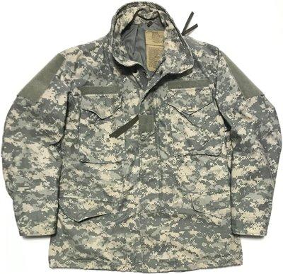 美軍公發 ARMY 陸軍 ACU UCP 通用數位迷彩 M65 野戰外套 夾克 SIZE:MR