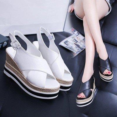 哆啦本鋪 坡跟涼鞋女防水臺厚底高跟鞋白色鬆糕底魚口鞋 D655
