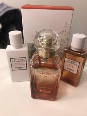 愛馬仕/Hermes 新款 瀉湖花園香水禮盒30ML、沐浴乳、身體乳