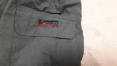 """美國專櫃""""TCM""""RECCO/RESCUE SYSTEM滑雪褲---高科技質材,專業滑雪專用 吊帶可拆當登山褲。"""