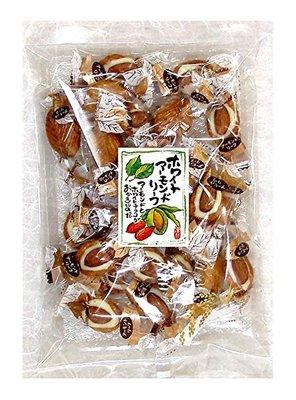 杏仁白巧克力米菓 巧克力搭配杏仁和米菓 三種好吃的元素真是絕配阿~ 本賣場為歡樂分享大包裝 (約65顆)