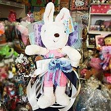 台南卡拉貓專賣店 法國兔主題花束 簡易式花束花束 畢業花束 情人節送禮 求婚 生日 可繡字可明天到
