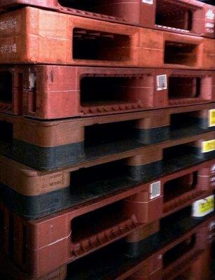 二手重型塑膠棧板  可荷2噸通通只要500元