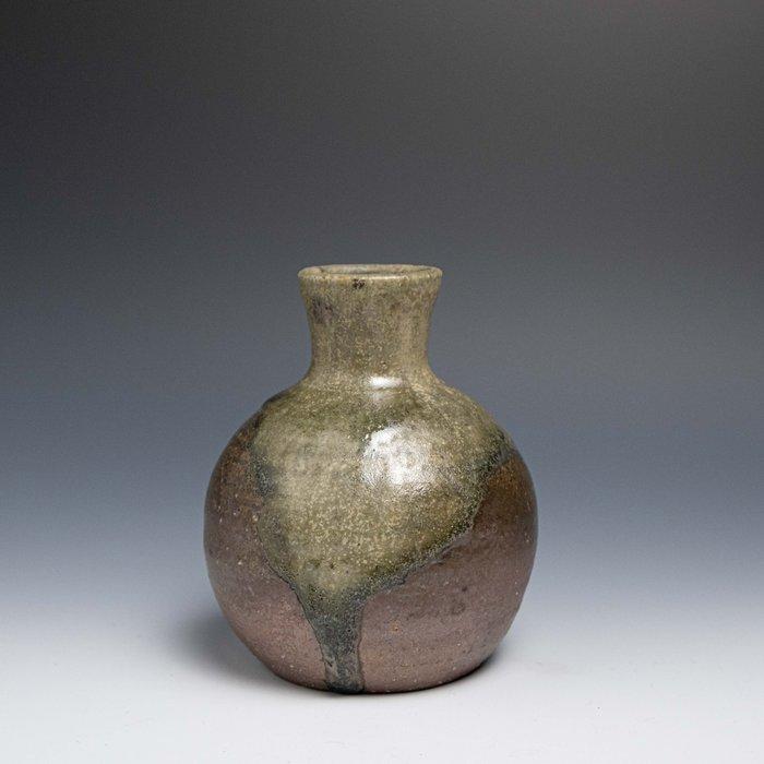 【吳苑】 信樂 作家物 灰釉 花入 花器 花瓶 日本 古美術 茶道具 花道具 書道具 AN0391