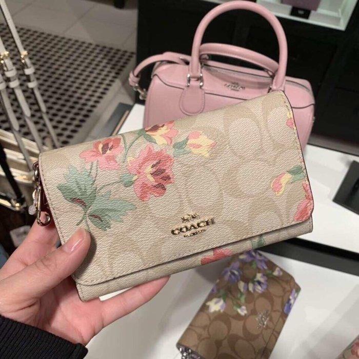 【紐約精品舖】COACH 73373 最新款女士花卉印花翻蓋手拿包 手腕包 零錢包 實用百搭 超低直購 美國正品代購