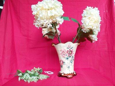 二手 情人節  生日禮物 陶瓷藝術花瓶 ( 贈瓶中花材 四朵鵝黃色綉球花)