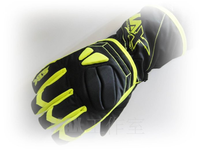 Max工作室~手套【SBK S-MAX(S MAX)】防撞護片、防風、保暖、防潑水 短版 手套~黑/螢光黃~免運