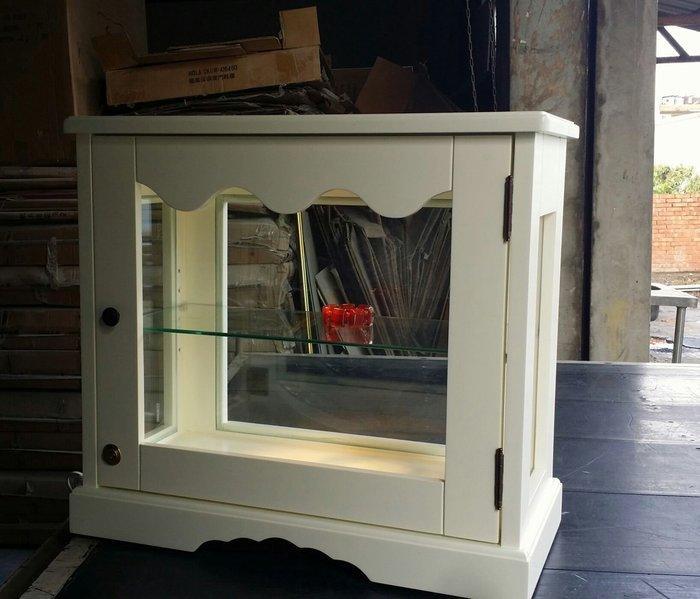 美生活館--家具訂製 鄉村風全原木烤白桌上型展示櫃四面玻璃單門櫃附燈附鎖手飾展示櫃店面櫥窗--可依尺寸與顏色再報價