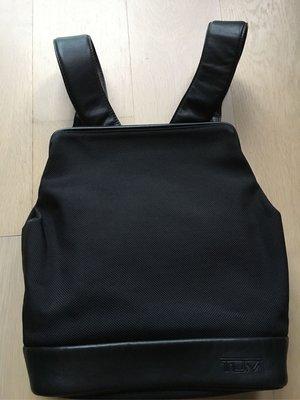 [清衣櫃] Tumi 經典軍用級 彈道尼龍布搭配真皮 後背包