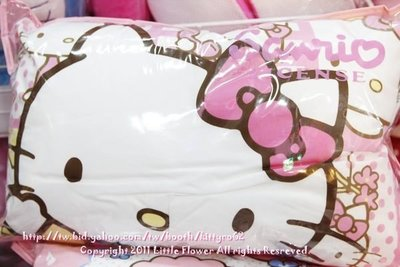 ♥小花花日本精品♥Hello Kitty 粉紅 抱枕 車用靠枕 小枕頭 板橋自取免運(大款)