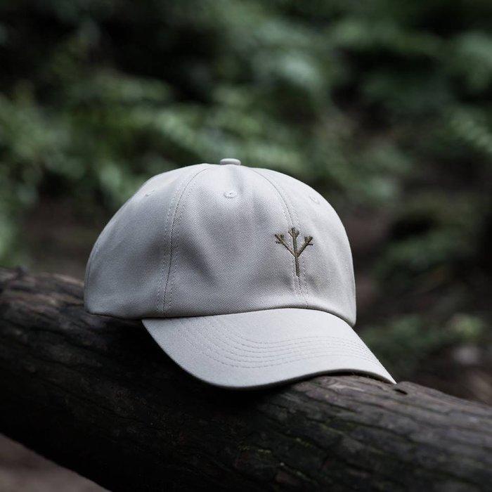 { POISON } MOONBLIND NATURE SYMBOL BASEBALL CAP 彎沿老帽 淡卡奇