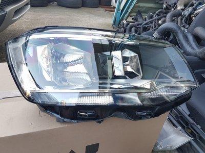 VW/SKODA(YETI/OCTAVIA/FABIA/GOLF/TOURAN/T5/T6)大燈/頭燈