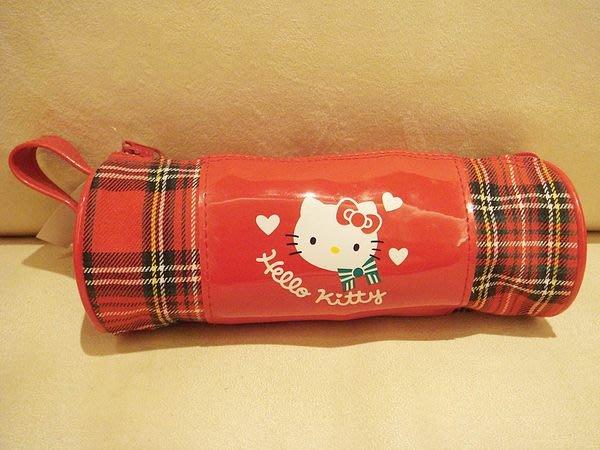 全新日本帶回,HELLO KITTY 小圓桶化妝包收納包,低價起標無底價!免運費!