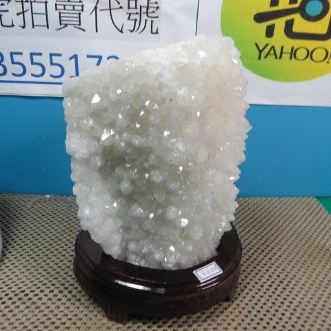 【競標網】漂亮巴西天然3A白水晶簇原礦3440克(贈座)(網路特價品、原價5000元)限量一件