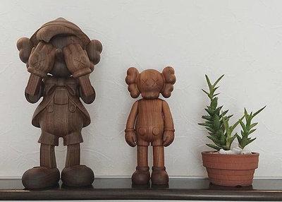 Kaws wood 珍藏