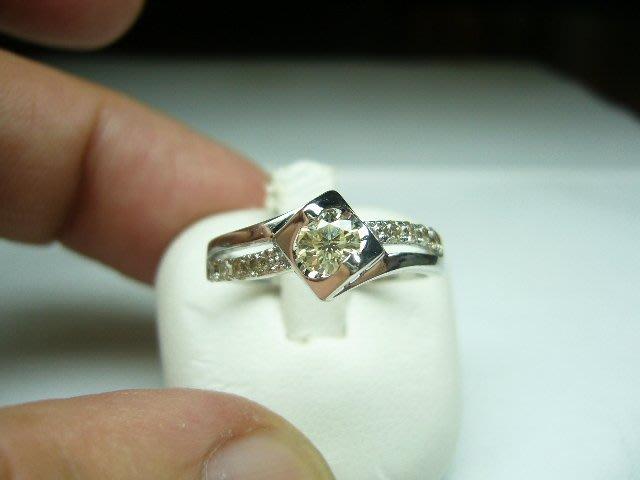 [吉宏精品交流中心]32分 南非天然鑽石 白K金 造型 戒指