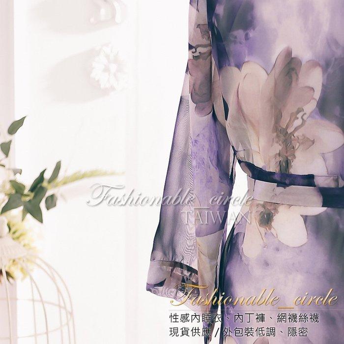 夕陽光縕.雪紡外罩衫睡衣浴袍 綁帶長裙印花紫色雪紡修長浴袍附腰帶 睡衣外搭衣 大花朵裙側開衩P883Z