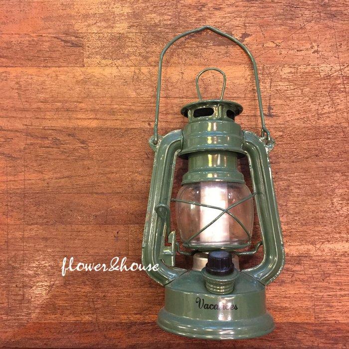 FLOWER&HOUSE。日本帶回。雜貨風。LED油燈造型手電筒。露營燈。野餐道具。綠色。現貨歡迎自取。台北西門站
