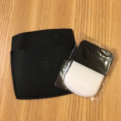 Chanel 粉餅刷/ 粉撲/ 腮紅刷-全新附收納仿皮套*可放入粉餅盒* 台北市