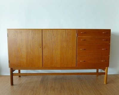 Danish Oak Sideboard 丹麥橡木邊櫃