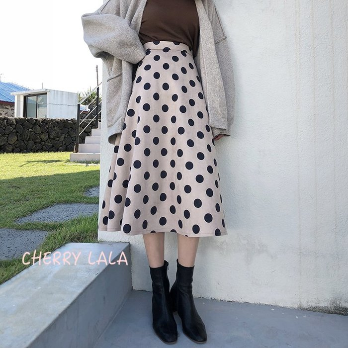CHERRY LALA  韓。實拍。18秋冬。高腰顯瘦點點半身裙A字裙-淺咖/黑  A10176