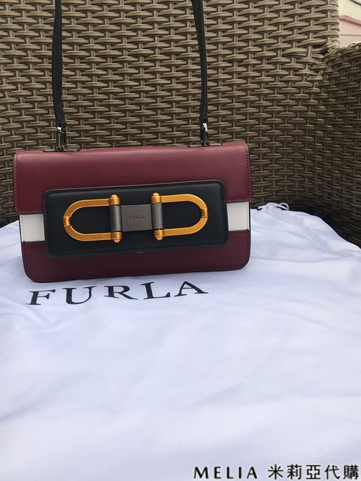 Melia 米莉亞代購 商城特價 數量有限 每日更新 FURLA 獨家首賣 單肩斜背包 拚色小號 酒紅色